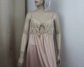 Vintage Cream Nightgown Shadowline Size Medium 36