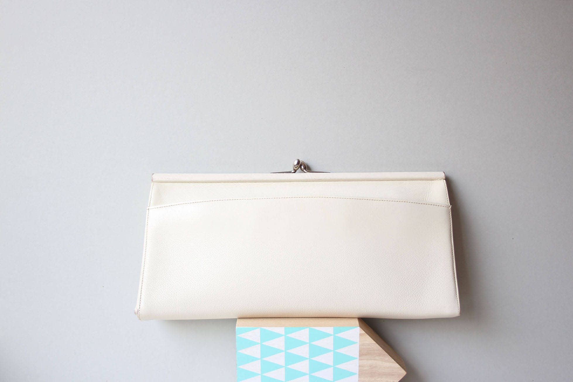 Clutches Evening Bags Elegant Fashion Clutch Cream White Leather Purseframe Clasp Purseclassic Womens Bag