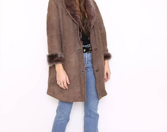 Vintage 80s Brown Suede Leather Sheepskin Shearling Coat. Medium. UK 14/16.