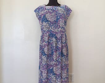 Vintage Floral Dress / Plus Size/XL/XXL / Vintage Hydrangea Dress