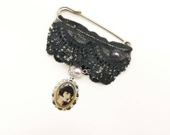Lace Brooch, gothic Brooch