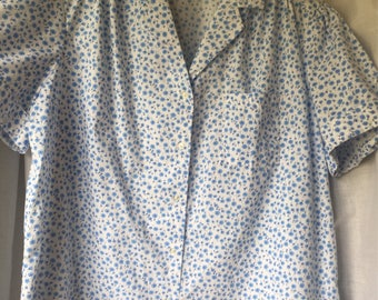 RHAPSODY BLOUSE vintage 80's short sleeved cotton/poly blue floral Size 42""
