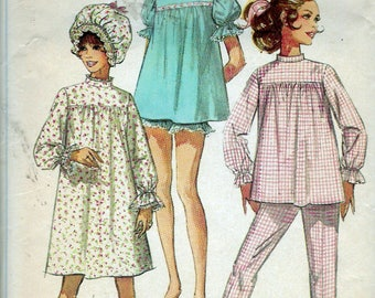 """Vintage 1968 Simplicity 7841 Misses Pajamas in Two Lengths Nightgown and Curler Cap Sewing Pattern Size 12 Bust 34"""""""