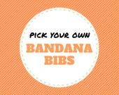 Choisissez votre propre bavoirs BANDANA résultent de plus de 200 tissus (bavette, bibdanna, bandana bébé, bavoir bandana bébé, bavoir pour bébé bave, cadeau de shower de bébé)