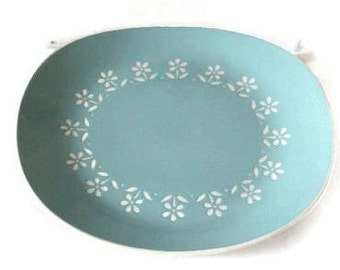Robin Egg blue platter, 1960s Platter, Harkerware, oven proof,  white flower design, kitchenware, oval platter, oval plate, made in USA
