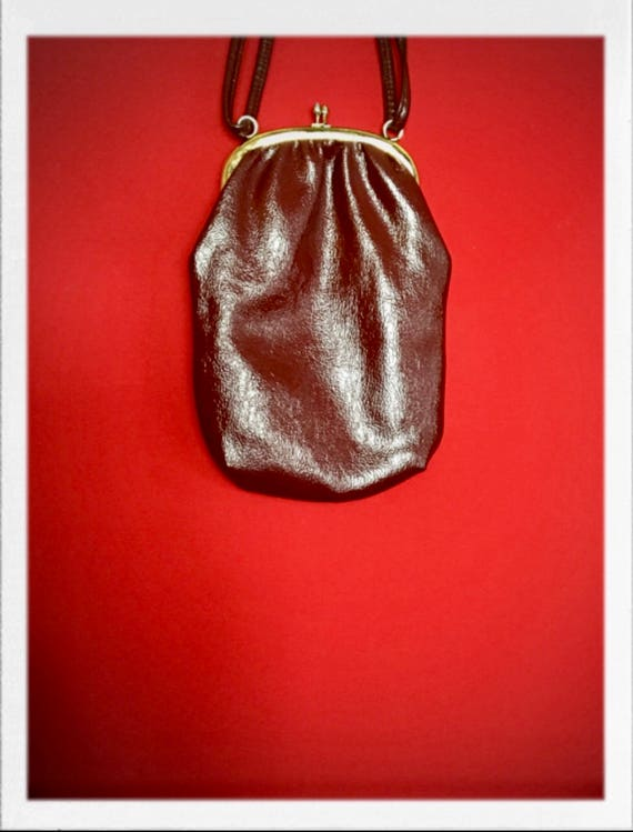 Vintage Pleather Shoulder Bag with Brass Finish Closure