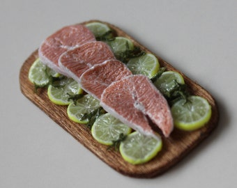 1/12th Scale Tray of Salmon