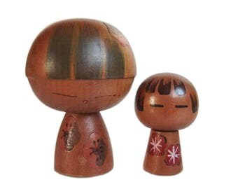 Adorable Pair of Sosaku Kokeshi Dolls. Vintage Kokeshi. Japanese Kokeshi Doll. Japanese Wooden Dolls. Kindai Kokeshi. Creative Kokeshi.