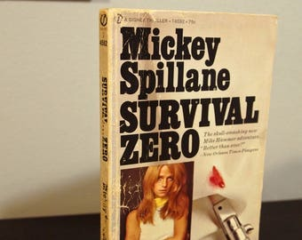 """Vintage 1970s Paperback - """"Survival... ZERO!"""" (Mike Hammer Series) by Mickey Spillane"""