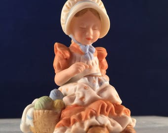 1979 Touch of Kindness HOLLIE HOBBIE Miniatures & 1970 E-6010 INARCO Girl Trio With Hats