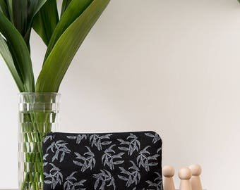 Beautiful Black pencil case for your evrey day use
