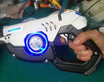 Tracer cosplay guns with leds  (x2)