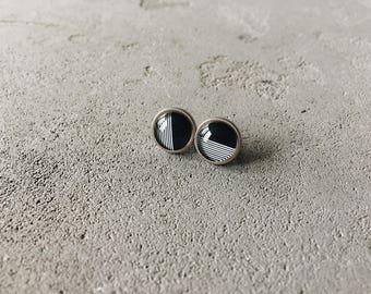 Stud earrings with monochrome print, polka dots posts by CuteBirdie