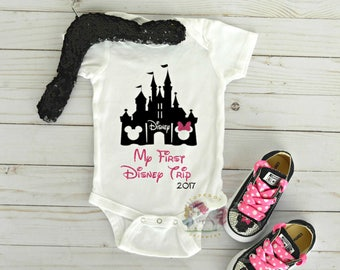 First Disney Trip Onesie, Personalized Minnie Mouse Onesie, Minnie Mouse Shirt, Disney Castle Onesie, Minnie Outfit, Minnie Converse