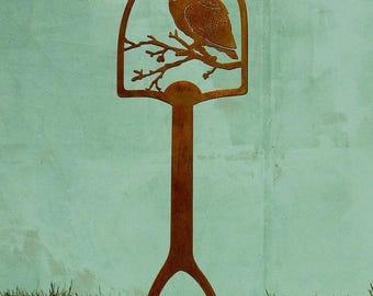 Screech Owl Shovel Handle | Metal Bird Shovel Art | Metal Yard Art | Metal  Yard