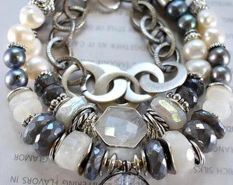 bracelet, labradorite bracelet, rainbow moonstone bracelet, prism bracelet, boho chic bracelet,bohemian bracelet, pearl bracelet, for her