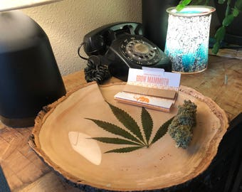rolling tray, cannabis leaves, weed rolling tray. Not a stash box, 420, 420 gifts