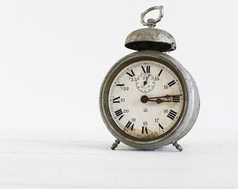 Vintage Alarm Clock, Rustic Clock Decor, Clock Decorations, Vintage Clock Industrial, Metal Clock, Rustic Clock Antique, Clock Deco (E638)