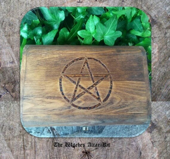 Witches Altar Kit, Wiccan Altar Kit, Wiccan Altar, Wiccan Starter Kit, Travel Altar, Altar Box, Mini Altar Kit