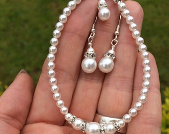 Pearl and diamante bridal Bracelet classic Pearl wedding bracelet white / cream pearl bride bracelet Sterling Silver Pearl wedding jewellery