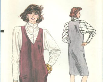 1980s Misses' Loose Fitting Pullover Top and Straight Pullover Jumper Uncut Factory Fold Size 12, 14, 16 - Vogue Sewing Pattern 8929