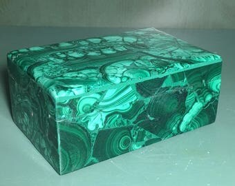 "Malachite Jewelry Box 5 1/2 "",Green,Healing Stone,1 3/4 lb,Protection Stone,EMF,Heart Chakra, Card Holder,Hand Carved, Zaire Africa,Lapidary"