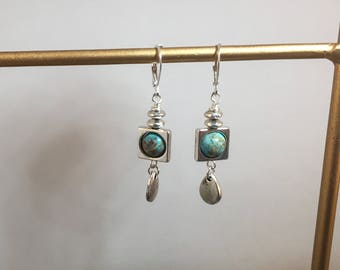 Blue Veined Agate Dangles