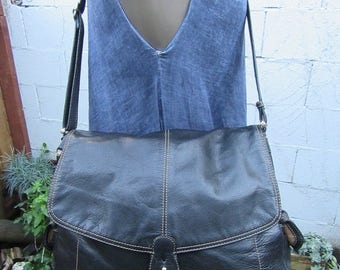 On Sale Leather Messenger Bag Black XL Large Leather Crossbody  Handbag Flap Purse Tote 90s 1990s Vintage