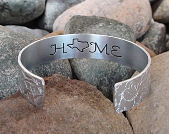 Choose Any State Custom HOME State Bracelet Personalized Cuff Bracelet Any USA Home State Engraved Home Gift Jewelry Travel Graduation