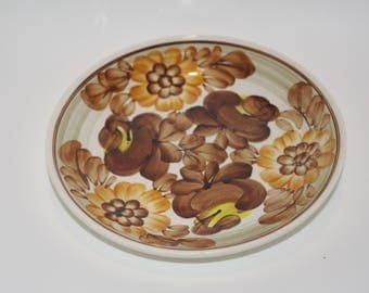 Small decorative folk plate, hand painted traditional wall dish floral Brown Beige Flowers Polish pottery Wall hanging Polish ceramics folk