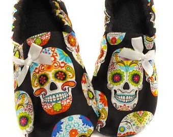 Sugar SkullS Baby Shoe,Day of The Dead,Baby booties,toddler slipper,add a matching headband