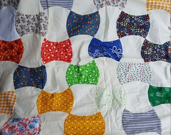 Vintage 1960s-70s small quilt top mixed calico prints and muslin machine stitched 38X46