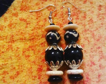 African village - Handmade earrings by Ansley Jukeboxx Joye