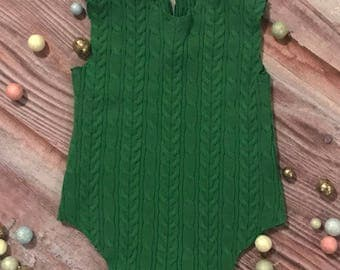 Sweet Country Christmas Green BOY Prop