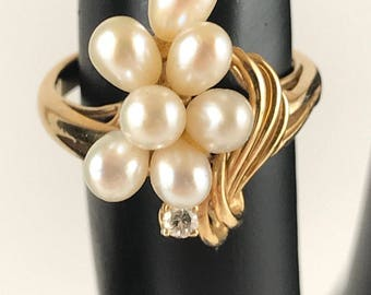 Vintage Estate 14K Yellow Gold 14k Gold Pearl Cluster Ring with Accent Diamond US Size 4.75, 4MM Pearls