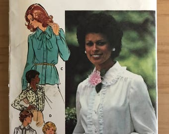 Butterick 4490 - 1970s Button Front Blouse with Pointed or Peter Pan Collar and Optional Bow Tie - Size 14 Bust 36