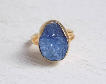 Blue Druzy Ring, Druzy Ring, Raw Druzy Ring, Teardrop Stone Ring, Crystal Ring, Gemstone Ring, Small Stone Ring, Raw Stone Ring, Gold, D3-15
