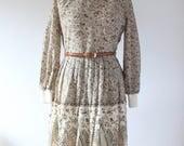 1970s Vintage Midi Dress 70s Botanical Patterned Paisley Dress Retro High Neck Knitted Hippy Dress Bohemian Boho Hippie uk 14 Medium M