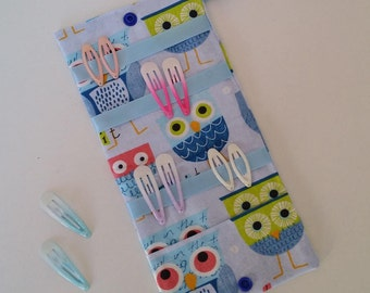 Blue owls personalized pins storage pouch.