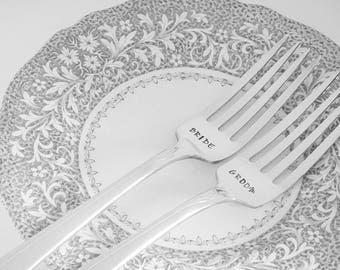 Bride and Groom Wedding Forks / Mr and Mrs Forks / Engagement Gift / Wedding Gift / Wedding Decor / Hand Stamped Fork Set / Engraved Forks