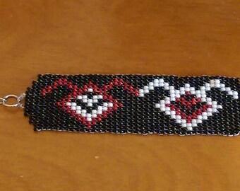 Twin Peaks Seed Bead Bracelet