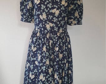 1980s Laura Ashley dress•vintage dress•floral dress•blue dress•cotton dress•UK 10/12•US 8/10