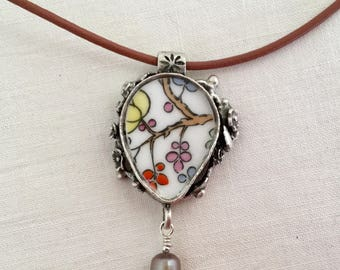 Broken China Jewelry / Broken China Necklace / broken plate jewelry
