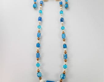Turquoise Splendor:  Necklace/Earring Set