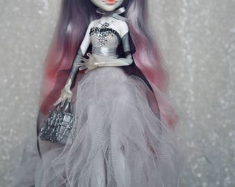 OOAK Monster High repaint custom doll Spectra
