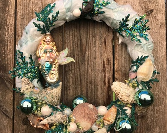 FREE SHIPPING - Blue Turquoise Teal Mermaid Merm Ocean Sea Shell Wreath Door Interior Decoration