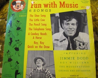 Vintage Disney Children's Record 78 RPM Walt Disney's Fun with Music Vol II Featuring Jimmie Dodd, Roy Williams, the Mouseketeers 1955