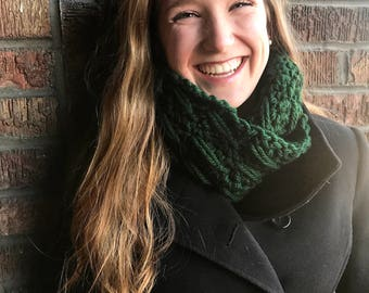 Chunky Oversize Forest Green Infinity Scarf