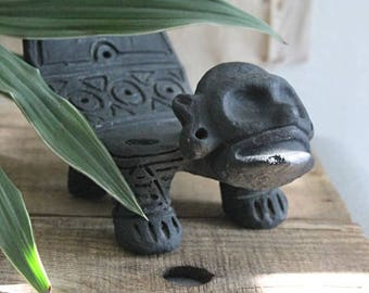 RESERVED FOR M/// Vintage Mexican Folk Art Statue Plant Stand