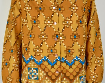 Bright dagger collar shirt 16 18 XL XXL B44 | vintage 70s yellow mustard blouse top geometric border print wide pointed collar pychedelic